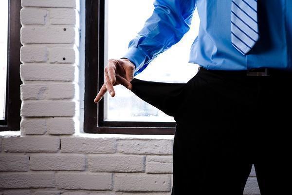 Cómo actuar frente a un moroso intencional en la gestión de impagados