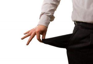 cobrar deudas extrajudicialmente 300x208 - ¿Qué es una quita de deuda?