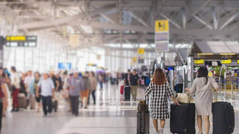 El pronóstico de Funcas: el turismo rondará el 26% de un verano normal